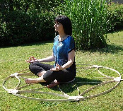 Dřevěný energetický zářič semeno života, průměr 162 cm