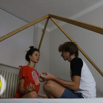 Dřevěná harmonizační a meditační pyramida, výška 150 cm